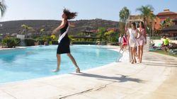 Pourquoi un défilé de Miss Univers au bord d'une piscine n'est pas une très bonne