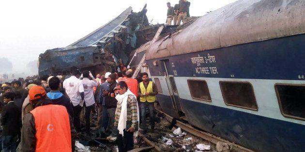 Le déraillement d'un train fait plus de 140 morts en