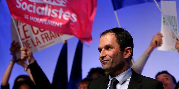 Benoît Hamon en meeting à Arras en février. REUTERS/Pascal