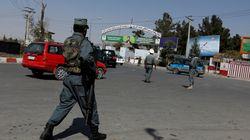 L'avion du secrétaire américain de la Défense visé par des tirs de roquettes à Kaboul, les Talibans