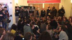 Les images du sit-in à Science-Po ayant fait annuler la venue de Florian