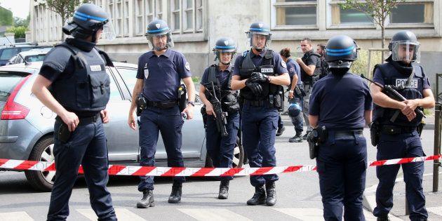 Pourquoi le terrorismea-t-il si peu été abordé pendant le débat de la présidentielle? REUTERS/Charles