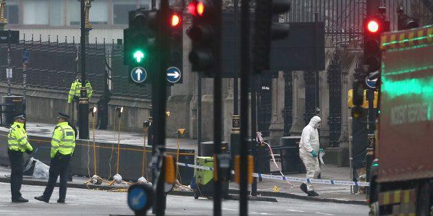 Huit personnes arrêtées en lien avec l'attentat de
