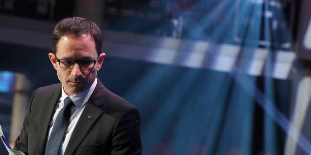Benoît Hamon traverse une passe