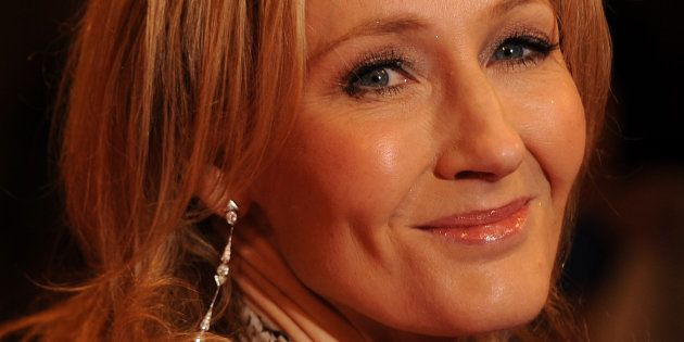 J.K. Rowling a fait signe de résistance face à l'attaque terroriste de