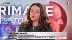 La croix de la porte-parole de François Fillon fait