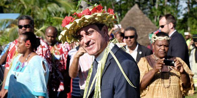 Valls prend la présidence d'une mission sur la Nouvelle-Calédonie et ça n'a rien