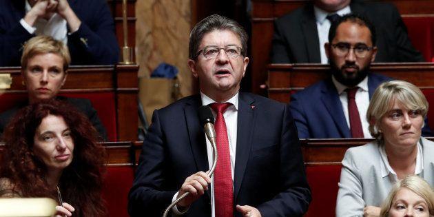 Jean-Luc Mélenchon propose de retirer le drapeau européen de l'Assemblée