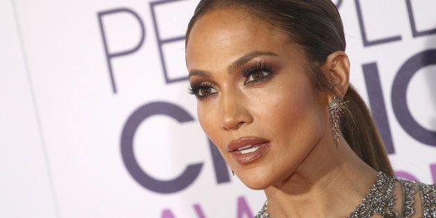 Jennifer Lopez reporte trois concerts à Las Vegas après la