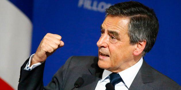 Francois Fillon en meeting le 25 novembre 2016 à Paris. (AP Photo/Francois