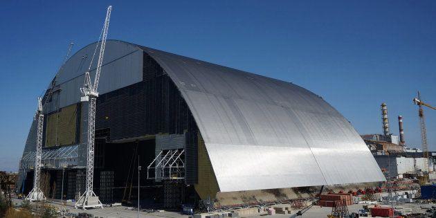 Le dôme qui va protéger le réacteur accidenté de