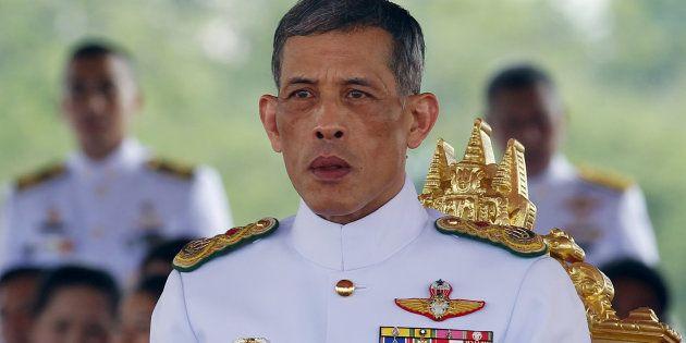 Maha Vajiralongkorn assiste à une cérémonie officielle à Bangkok, en Thaïlande, le 13 mai
