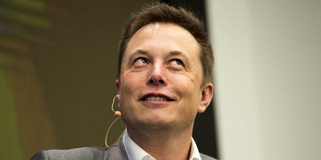 Elon Musk veut connecter notre cerveau aux ordinateurs avec sa nouvelle start-up,