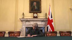 Theresa May a signé la lettre officielle qui déclenche le