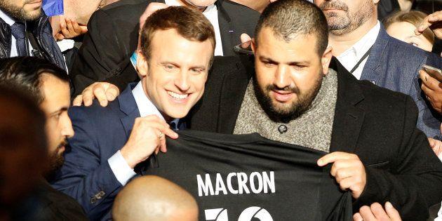 Emmanuel Macron lors d'un meeting à Marseille, le 1er avril