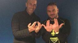 Zidane pose avec Jul et met Internet