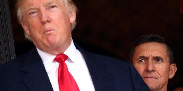 Un ancien conseiller de Trump veut témoigner sur l'implication de la Russie et demande une