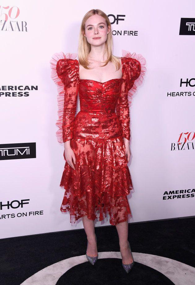 Elle Fanning aux célébrations de Harper's Bazaar le 27 janvier