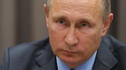 Vladimir Poutine charge Charlie Hebdo et appelle les artistes à ne
