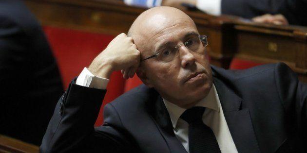 Ciotti tacle Macron pour avoir reçu