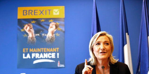 Marine Le Pen en conférence de presse en juin 2016, après le vote sur le Brexit en Grande