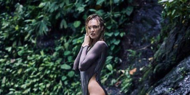 Candice Swanepoel en visite au Costa