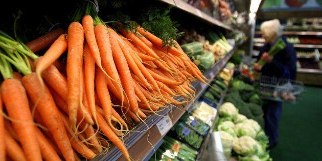 Plus de pesticides dans des carottes bios que non bios, le résultat surprenant de cette enquête