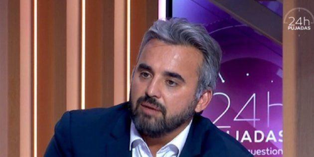 Critiqué pour son HLM parisien, Alexis Corbière s'énerve et se
