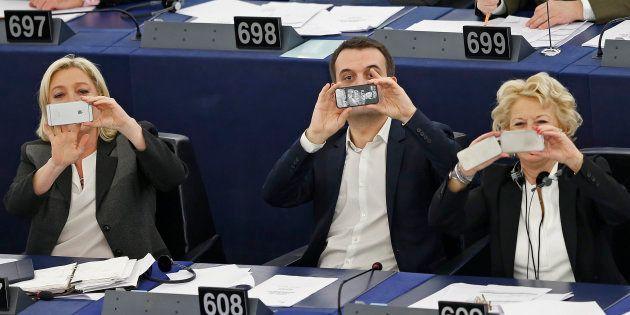 Le FN dénonce des emplois fictifs au Parlement européen, le parquet ouvre une