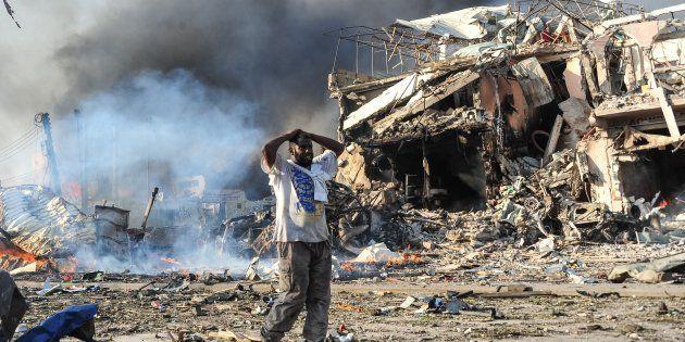 Des dizaines de morts dans un attentat de Mogadiscio, un des pires de l'histoire de la