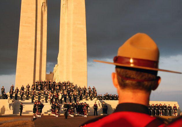 Vimy, cette bataille de 1917 oubliée des Français, commémorée par Trudeau, Hollande et la famille royale