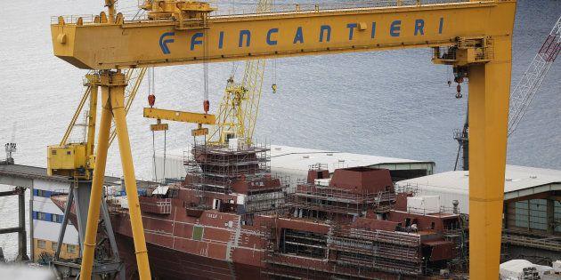 Un navire en construction dans un chantier naval de Fincantieri, le 4 janvier 2017, en