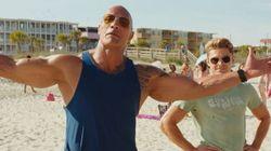 The Rock et Zac Efron sortent les muscles et les vannes dans la bande-annonce de