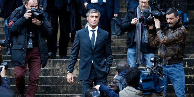 L'ancien ministre du Budget Jérôme Cahuzac sur les marches du palais de justice le premier jour de son...