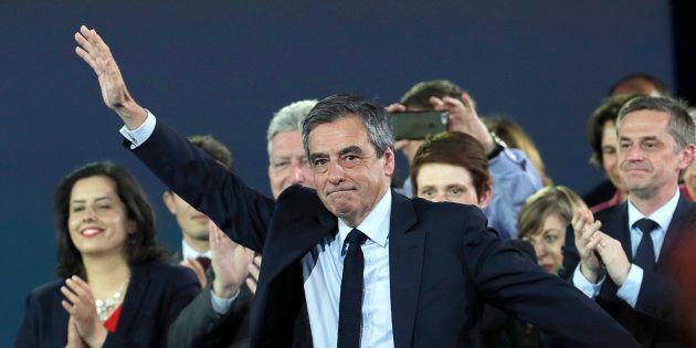 Francois Fillon lors de son meeting à Paris dimanche 9