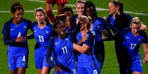 Cette étude sur le traitement médiatique du foot féminin montre qu'il reste du chemin à