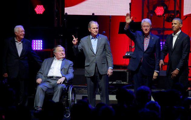 Jimmy Carter, George H.W. Bush, Bill Clinton, George W. Bush et Barack Obama au Texas pour soutenir les...