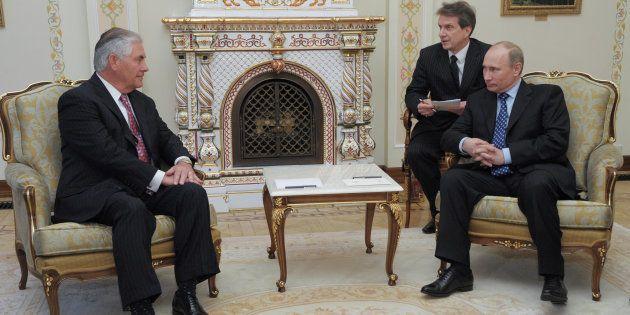 """Amnesty appelle Tillerson à parler des """"tortures"""", des """"tueries"""" et des """"camps"""" d'homosexuels en Tchétchénie..."""