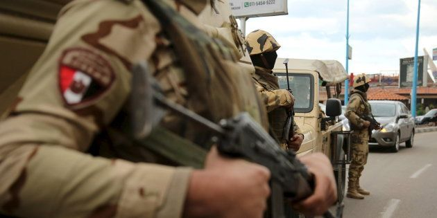 Au moins 35 policiers et soldats tués en Égypte dans des affrontements avec des