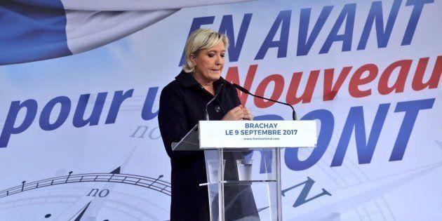 Marine Le Pen à Brachay, en septembre dernier, avait annoncé son intention de changer le nom du