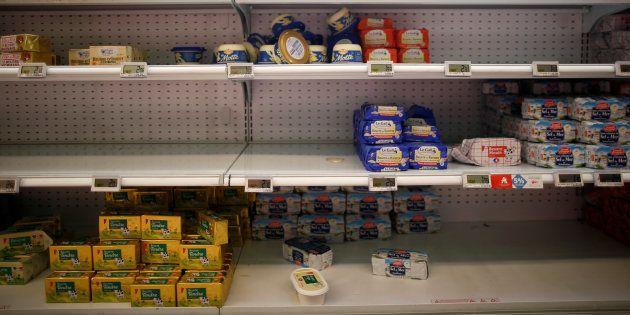 La pénurie de beurre dans un supermarché de