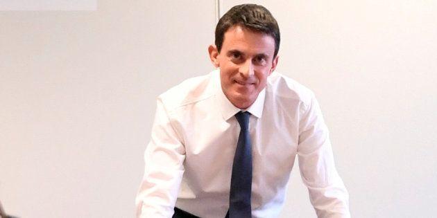Manuel Valls lors de l'inaguration de son QG de campagne le 14 décembre 2016 à Paris. REUTERS/Alain