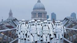 Des stormtroopers ont envahi les rues et le métro de