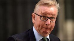 Un ministre britannique se fait étriller pour une blague douteuse sur Harvey