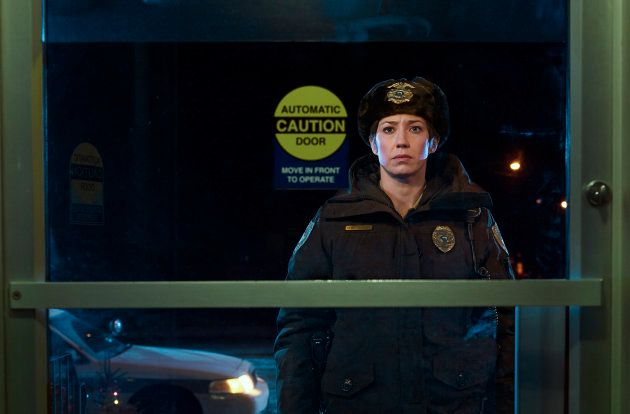 Carrie Coon dans le rôle de Gloria Burgle, chef de la police