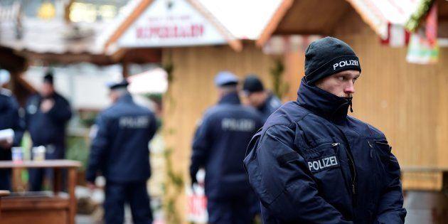 Coup de théâtre à Berlin, l'homme arrêté remis en liberté, l'auteur probablement toujours en