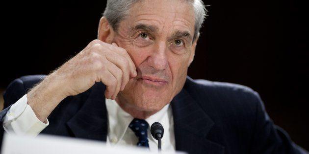 Qui est Robert Mueller, ce procureur que Trump ne peut pas se risquer à
