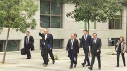Huit dirigeants indépendantistes catalans placés en détention provisoire, mais pas Puigdemont resté à