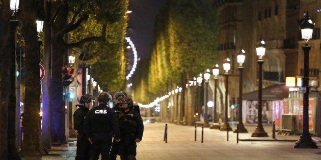 Attentat sur les Champs- Élysées: ce que l'on sait de