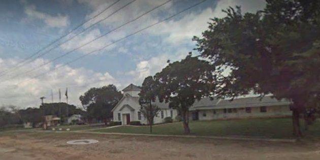 A Sutherland Springs, au Texas, une fusillade dans une église fait plusieurs